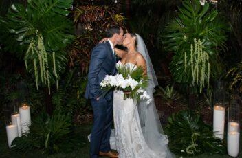bride-groom-backdrop-wedding